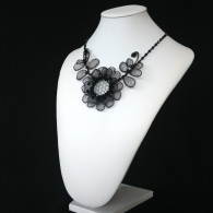 chantilly necklace - large flower