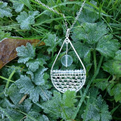 needle lace in silver pendant 4